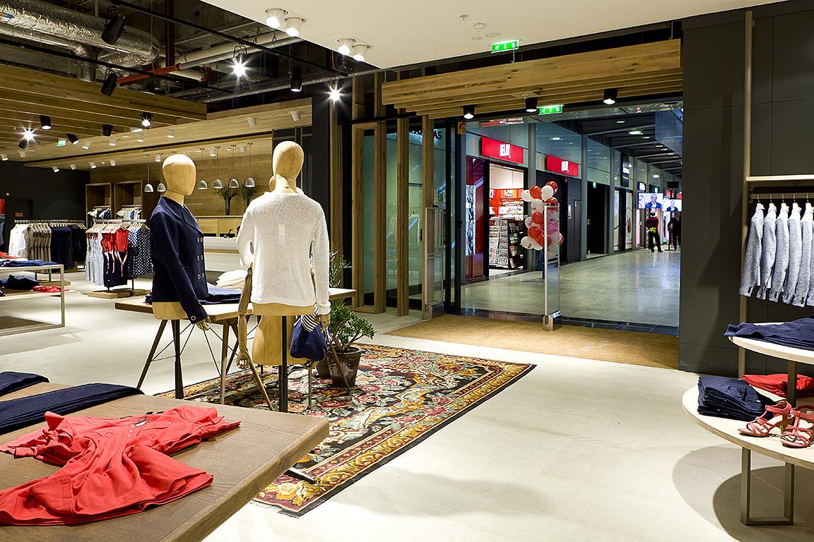boutique esprit gare st lazare paris photographe portrait corporate paris. Black Bedroom Furniture Sets. Home Design Ideas